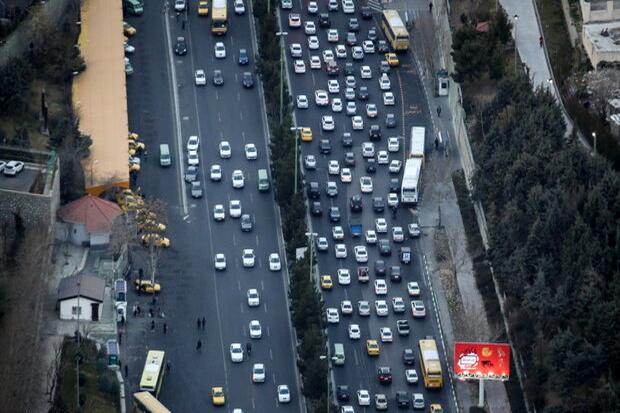 ترافیک صبحگاهی در غرب به شرق و جنوب به شمال بزرگراههای پایتخت