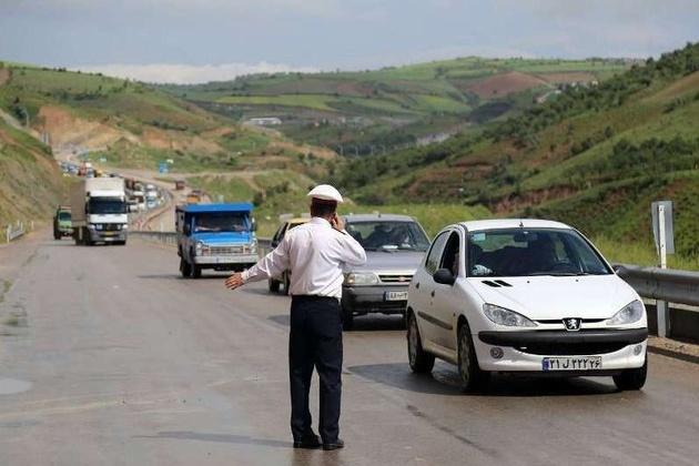 گره ترافیکی در جاده های کلانشهرها و درون شهری نداریم