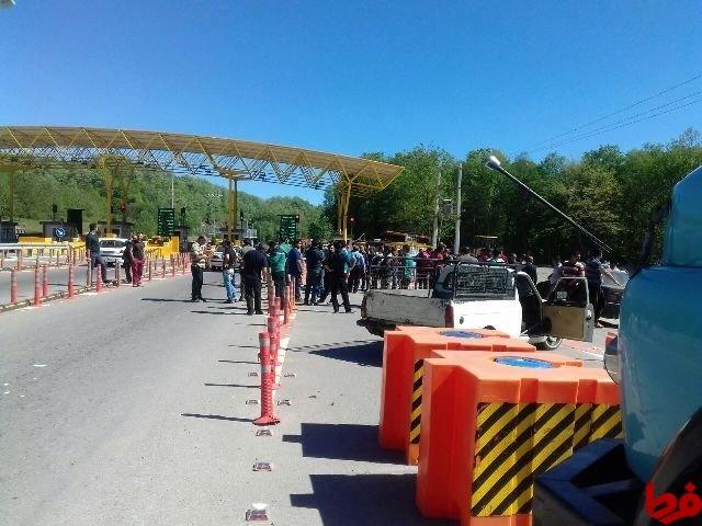 عوارض ۵ هزار تومانی برای مسیر ۲۵ کیلومتری!/ مسافران با آزادراه مرزن آباد – چالوس قهر کردهاند!
