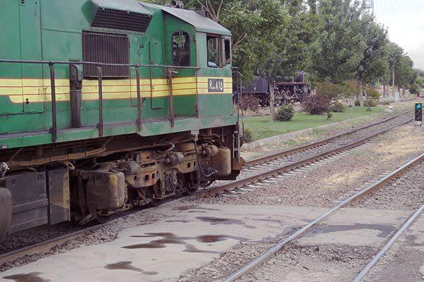 سرعت، فصلالخطاب بهرهوری در راهآهن است