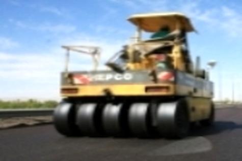 جاده های لرستان به ۱۵۰ کیلومتر روکش آسفالت نیاز دارند