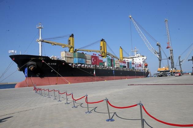 ورود کشتی حامل کالای اساسی کشور به بندر چابهار