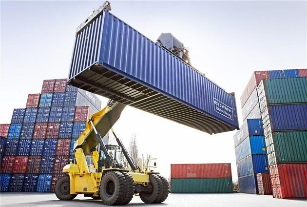 افزون بر ۹۳ میلیون دلار کالا از گمرک فارس صادر شد