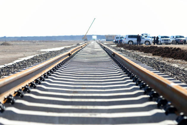 راهآهن یزد - اقلید موجب تحول اقتصاد و توسعهی ابرکوه میشود