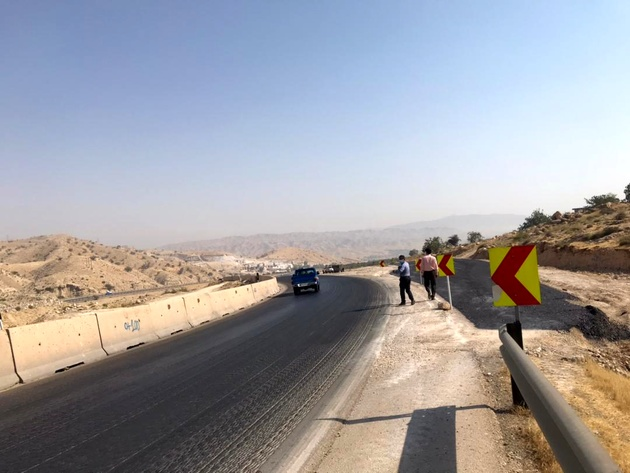 رفع نقطه حادثه خیز خروجی تونل تنگ ترکان در جاده کنارتخته-کازرون