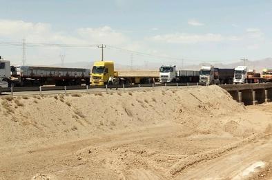 رویای رانندگان کامیون برای تردد از جاده شهربابک- هرات