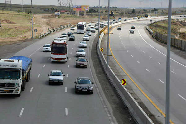 مسدود شدن مسیر اصلی آزادراه قم - تهران از فردا