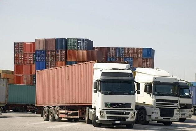 ناوگان حمل و نقل فارس ۲۲ میلیون تن کالا جا به جا کرد