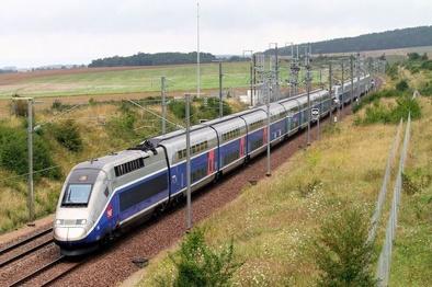 اتصال کارخانههای فولاد گیلان به شبکه راه آهن