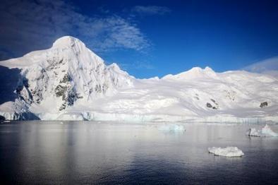 قطب جنوب گرمترین روز تاریخ خود را ثبت کرد