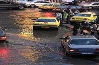 دوربین های نظارتی شهرداری محل آب گرفتگی معابر را شناسایی می کنند