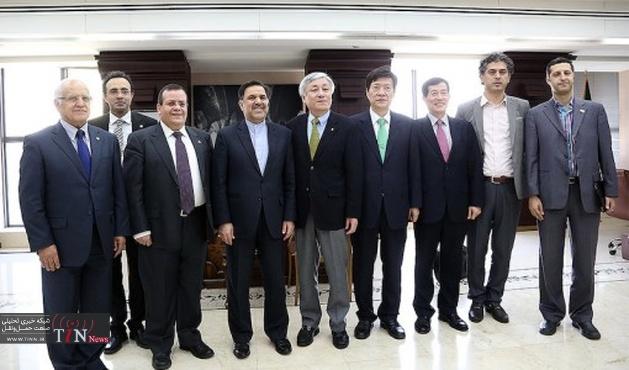 دیدار وزیر راه و شهرسازی با رئیس فدراسیون بینالمللی مهندسان مشاور