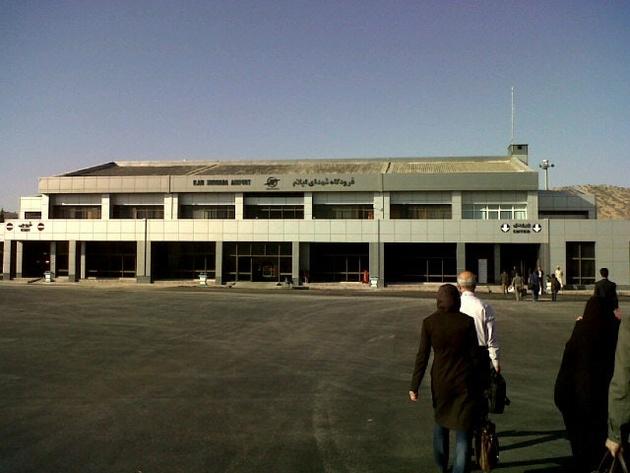 اساسیترین مانع پروازی فرودگاه ایلام تا یک ماه دیگر برداشته میشود