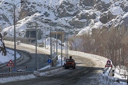 صف طولانی برای ورود به قطعه یک آزادراه تهران – شمال