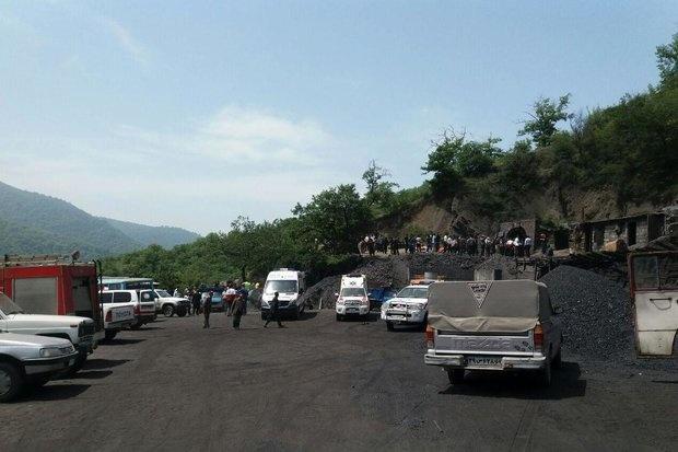 حبس حدود ۸۰ نفر در معدن آزادشهر