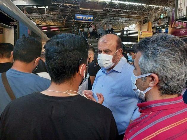 حضور سرزده وزیر راه و شهرسازی در ایستگاه راه آهن تهران