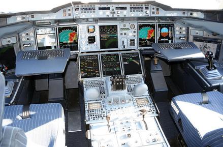 airbus-a380-flight-deck