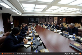گزارش تصویری/ دیدار وزیر راه و شهرسازی با وزیر تجارت خارجی ازبکستان