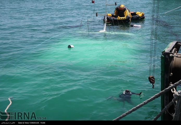 غرق شدن کشتی مسافربری دنا