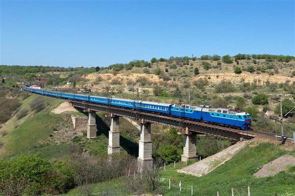 افتتاح خط آهن؛گام اول حذف ترافیک قزوین-رشت/گام دوم؛ تکمیل آزادراه
