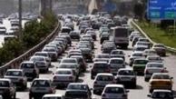 ترافیک سنگین در آزادراه تهران - قم/ محورهای ۶ استان بارانی است