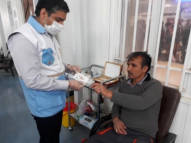 انجام آزمایشات HIV، هپاتیت و مالاریا در بین کارکنان پایانه مرزی دوغارون