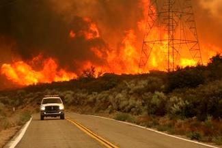 فرار هالیوودی از آتشسوزی هولناک جنگلهای کالیفرنیا