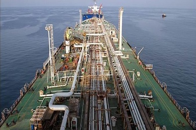 خرید نفت هند از ایران به نصف کاهش مییابد