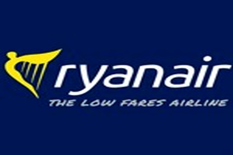 Ryanair shuts Copenhagen base to avoid strike