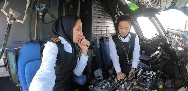 اولین پرواز رفت و برگشت تهران-مشهد با ۲ خلبان زن
