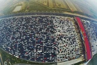 اتوبانی با ۵۰ لاین در چین!