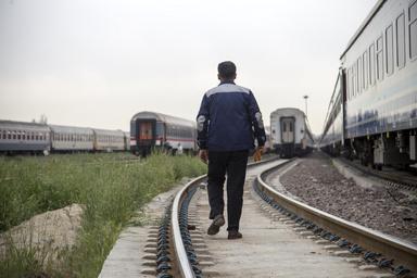 یزدیها در طرح آسیبشناسی مسیرهای ریلی مشارکت میکنند