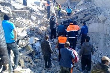 کارکنان راهداری و حمل و نقل جاده ای با تمامی امکانات در خدمت زلزله زدگان