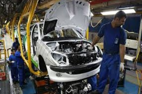 کارگران اولین قربانیان مدیران ناکارآمد صنعت خودرو سازی