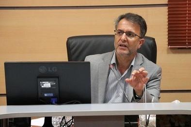 تأکید مدیرکل راهداری همدان بر اعزام ناوگان باری استان به بنادر جنوبی کشور