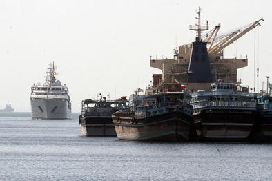 چرا حرکت کشتی بوشهر-قطر به تعویق افتاد؟