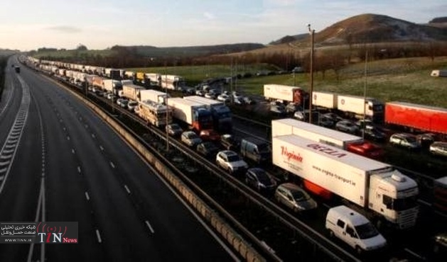 Europe's heavy trucks 'no more fuel - efficient than ten years ago'