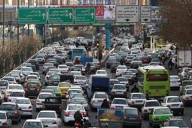 اختلاف نظر عجیب وزارت نفت و شهرداری تهران بر سر کیفیت بنزین توزیعی در تهران