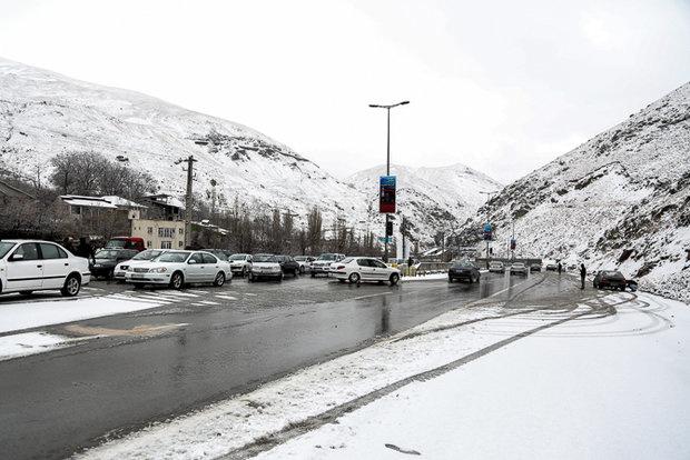 تردد روان در محورهای مواصلاتی استان تهران در جریان است