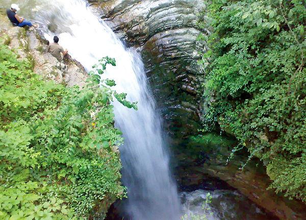 آبشار «ویسادار پرهسر» گیلان در فهرست آثار ملی