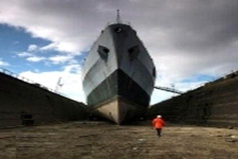 آغاز تعمیر کشتیهای VLCC از تیرماه ۹۴ در بندرعباس
