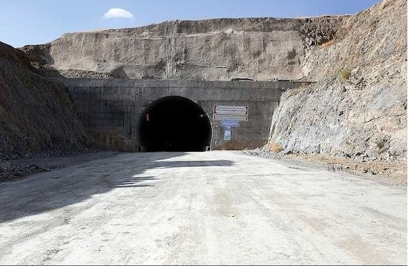 تشریح روند ساخت 1400 کیلومتر پروزه جادهای در کردستان