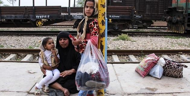 روایت یک روز زندگی در قطار، در کنار مردم سیلزده
