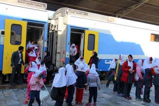 (تصاویر) بازدید دانشآموزان از ادارهکل راهآهن جنوب