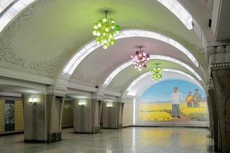 مترو پیونگیانگ؛ جلوههایی از زیبایی و اشرافیت