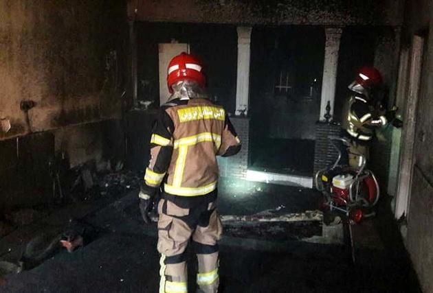 نجات ٩ نفر از ساکنین مجتمع مسکونی در یک حادثه آتش سوزی