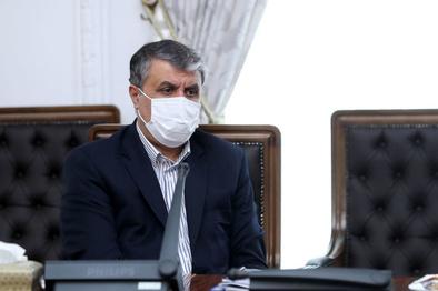 وزیر راه:یکهزار و ۵۰۰ واگن و لکوموتیو نوسازی میشود
