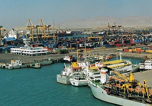 استراتژی تولید و صادرات کالا در پسکرانه بنادر تعریف شود