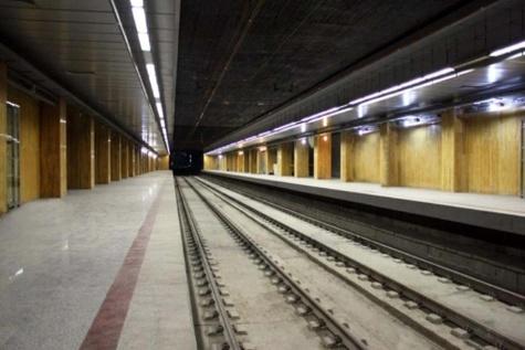 افزایش ساعت سرویس دهی خط یک مترو تهران همزمان با آغاز نمایشگاه قرآن