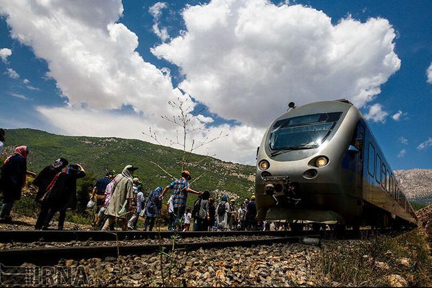 ورود قطار گردشگری به زنجان